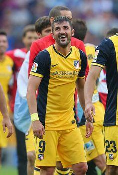 David Villa of Club Atletico de Madrid celebrates winning the La Liga after the match between FC Barcelona and Club Atletico de Madrid at Camp Nou on May 17, 2014 in Barcelona, Catalonia.