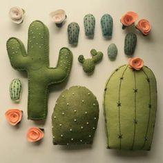 plush cactus creations by /lunabeehive! Felt Crafts, Diy And Crafts, Kids Crafts, Arts And Crafts, Sewing Crafts, Sewing Projects, Craft Projects, Ideias Diy, Felt Flowers