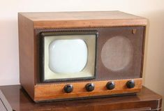 Old Television Set Vintage Television, Television Set, Vintage Tv, Vintage Black, Vintage Antiques, Radios, White Tv, Black And White, Mid-century Modern