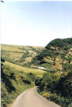 THE LONG WALK TO TALLAND BAY,Cornwall