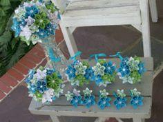 Inclusief corsages etc kusudama papieren bloemen