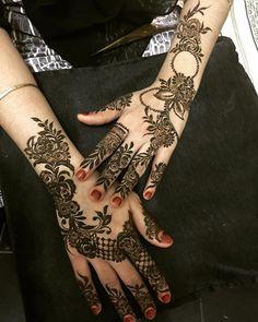 Instagram photo by hennabynoorinatameem