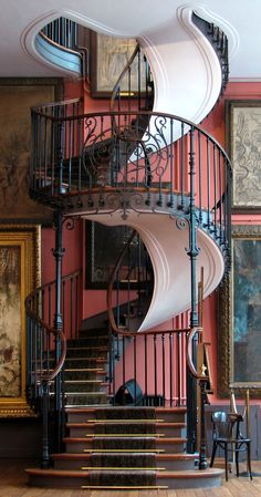 Spiral Stairway with Carpeted Risers  -  Gustave Moreau National  Museum, Paris, France
