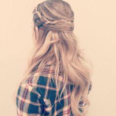 Half Up Half Down Hairstyles | Cristianas.com