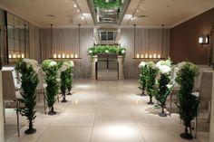 夏の挙式装花 六本木バルコニーレストラン&バー様のウェディングへ  : 一会 ウエディングの花