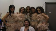Client Liz Imperio onset with dancers and Jennifer Lopez at he 2011 American Idol finale.