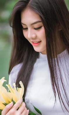 Bi che 'kem xinh', thi sinh Miss Teen tung anh ao dai dep me man - 2 Beautiful Girl Photo, Beautiful Hijab, Beautiful Asian Women, Beauty Full Girl, Beauty Women, Asian Hotties, Pretty Asian, Cute Asian Girls, Stylish Girl