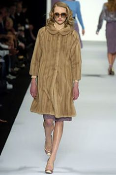 Marc Jacobs Fall 2004 Ready-to-Wear Fashion Show