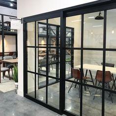 Per arredare l'open space, abbiamo bisogno di sistemi di arredi modulari, componibili pronti a costruire un ambiente dall'identità versatile. 7 Idee Su Maccabei Verona