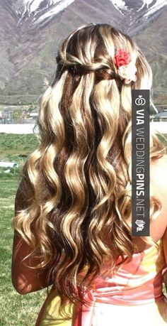 Beautiful Waterfall Braid tutorial~Dear Santa, I want my hair to look like this every day! I promise I will be a good girl~ Love Hair, Great Hair, Gorgeous Hair, Pretty Hairstyles, Braided Hairstyles, Wedding Hairstyles, Communion Hairstyles, Party Hairstyle, Teenage Hairstyles