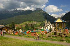 Moena hotel, appartamenti, ristoranti, apres-ski, pub, attività e servizi turistici utili - Sito ufficiale Val di Fassa Trentino Dolomiti