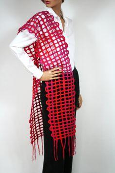 Roter gefilzter Schal, Stola für Partys Partys, Knitting Accessories, Kimono Top, Etsy, Outfits, Women, Fashion, Scarves, Felting