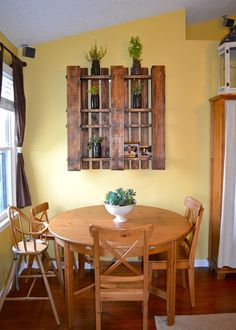 dining room wooden pallet with pics.. rustic country