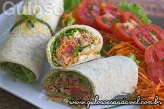 O que temos para o #jantar? O Wrap Integral de Atum e Queijo é delicioso, muito fácil e rápido de fazer!  #Receita aqui: http://www.gulosoesaudavel.com.br/2014/05/20/wrap-integral-atum-queijo/