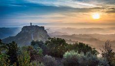 civita_di_bagnoregio_panoramica.jpg (1200×691)