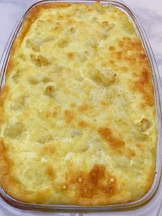 Casserole - It's Everything Delicious This Keto Friendly Cheesy Cauliflower Casserole is healthy and delicious.This Keto Friendly Cheesy Cauliflower Casserole is healthy and delicious. Keto Side Dishes, Vegetable Side Dishes, Side Dish Recipes, Vegetable Recipes, Low Carb Recipes, Vegetarian Recipes, Cooking Recipes, Delicious Recipes, Califlour Recipes