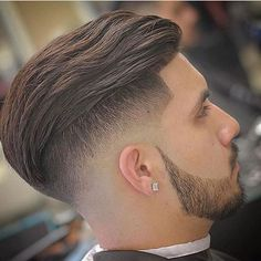 Disconnected Undercut with Textured Slick Back