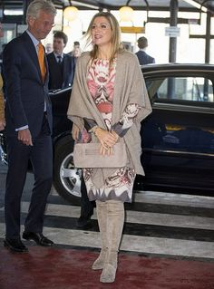 14 February 2017 - Queen Maxima visits the Emma Children's Hospital in Amsterdam - dress by Etro, clutch and boots by Natan