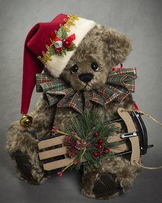 Joel - about 12 inches - Dense German Alpaca. #artistbear #artistbears #teddybear #christmas #vickylougher Christmas Deco, Christmas Time, Christmas Crafts, Alpaca, Charlie Bears, Teddybear, Stuffed Toys, Bunnies, German