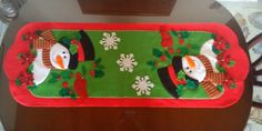 01 PENDON NIEVE 02 BAMBI 03 PORTA PAPEL HIGIENICO 04 PORTA PAPEL HIGUIENICO 05 NOEL FESTIVO 06 N... Christmas Crafts, Christmas Decorations, Xmas, Alice, Christmas Pictures, Holiday Treats, Table Runners, Crafts To Make, Snowman