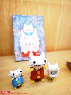 東區知名玩具店「Paradise」超精彩的展覽又來了!繼去年所推出的雙人聯展「S × T Taipei」之後,Shoko Nakazawa × T9G 兩人再度帶來精彩的展覽,大量藝術家CUSTOM 作品與各式畫作,要讓各位玩具人們大呼過癮!~ 各位玩具人本週末千萬別錯過這麼精彩的活動,來去「Paradise」走走吧!  Shoko Nakazawa × T9G【S × T Taipei】The Joint Exhibition Paradise 12/9(五)19:00 ~ 22:00 Party 及 展覽商品開始販售 12/10(六) ~ 12/18(日) 13::30 ~ 22:00 展覽期間 Paradise 地址:台北市敦化南路一段161 巷75 號 Paradise 電話:02-2776-6224