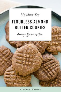 These cookies are so delicious and incredibly easy to make. Try this healthy flourless almond butter cookies today! The perfect recipe to bake with your kids. Almond Butter Cookie Recipe, Low Sugar Snacks, Sweet Potato Hummus, Fall Recipes, Brunch Recipes, Healthy Baking, Healthy Recipes, Breakfast Cake, Homemade Cookies