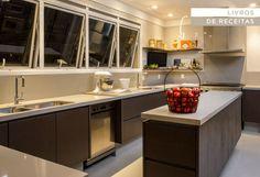 Decoração cozinha - Livro de receitas (Projeto: Triplex Arquitetura)
