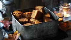 Yorkshire Parkin - A classic Yorkshire ginger cake - a perfect accompaniment with a cup of tea. Make this a few days in advance to mature. Tray Bake Recipes, Cake Recipes, Cooking Recipes, Sweets Recipes, Yummy Recipes, Pavlova, Cheesecakes, Parkin Recipes, Yorkshire Parkin