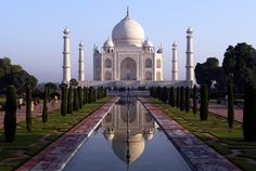 From the Eiffel Tower in Paris, France, to the Taj Mahal in Agra, India, how many of these iconic buildings have you seen? Beautiful Places To Visit, Cool Places To Visit, Amazing Places, Amazing Things, Le Taj Mahal, Agra Fort, Indian Architecture, Amritsar, New Delhi