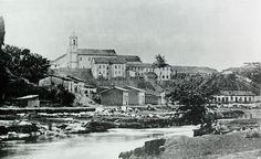 Militão Augusto de Azevedo (1837-1905), pioneiro da fotografia em São Paulo, foi tirada em 1862, e mostra o rio Tamanduateí e a antiga Igreja de São Bento.