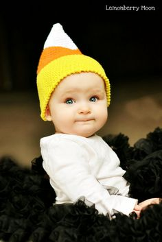 Candy Corn Hat - cute and easy for Halloween! Fall Candy, Candy Corn, Halloween Party Costumes, Halloween Decorations, Holidays Halloween, Halloween Fun, Halloween Crochet, Precious Children, Baby Love