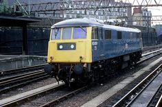 83001 Euston on Aug Delivered new as on July Withdrawn on July 1983 and scrapped by Vic Berry at Leicester on Jan Electric Locomotive, Diesel Locomotive, Steam Locomotive, Euston Station, Blue Train, Standard Gauge, Electric Train, British Rail, Old Trains