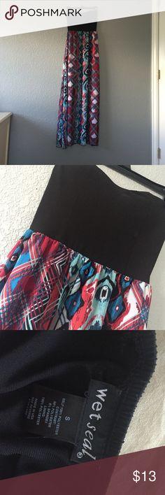 NWOT TRIBAL MAXI DRESS 💮 Cute maxi dress from Wet Seal!! Wet Seal Dresses Maxi