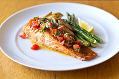 Garlic-Crusted Salmon Topped with Fresh Tomato-Basil Relish with Roasted Teeny Potatoes and Lemon Asparagus