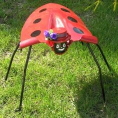 Garden bug from a shovel by elizabeth.hershberger