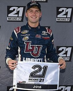 NCWTS NEW HAMPSHIRE, QUALIFYING RESULTS: William Byron has won the pole for today's Camping World Truck Series race at New Hampshire Motor Speedway. The UNOH 175 starts at 1pm ET on FS1. NOTE: I am doing other things today so I will not be covering the truck race in full.  Full Qualifying Results: 1. William Byron - 28.667sec 2. Timothy Peters 3. Christopher Bell 4. Tyler Reddick 5. Ben Rhodes 6. Brett Moffitt 7. Matt Crafton 8. Cameron Hayley 9. Kaz Grala 10. Johnny Sauter 11. Austin Hill…
