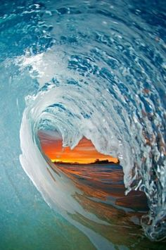 photographer Clark Little's pictures of the insides of waves as they break Love Clark Little! MoreLove Clark Little! Clark Little Photography, Ocean Photography, Photography Gallery, Amazing Photography, Photography Tips, Portrait Photography, Wedding Photography, Big Waves, Ocean Waves