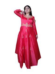 Sayali Ranapisay Kalika Fasionista Company Model Lille Christmas Market, Marketing, Model, Scale Model, Models, Template, Pattern, Mockup
