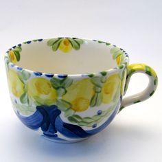 Alle Tassen & Häferl der Familie BlueHoria-Berdea! Die Blau-Gelb-Grüne Designfamilie von Unikat-Keramik. Das wohl einzigartigste Keramik Geschirr der Welt!