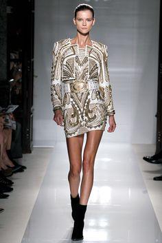 Kasia Struss walking Balmain SS12. #balmain #runway