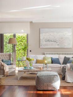 Las claves del Feng Shui para la decoración del salón: cómo colocar los muebles, cómo debe ser el sofá, de qué colores pintar, cómo iluminar y más