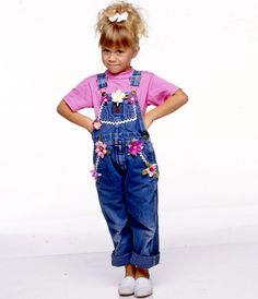 HOUSE - Cast Gallery - August ASHLEY Get premium, high resolution news photos at Getty Images Michelle Tanner, Kids Overalls, Overalls Outfit, Twin Outfits, Toddler Outfits, Olsen Twins Full House, Mary Kate Ashley, 80s And 90s Fashion, Ashley Olsen