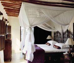 Exotic+Bedroom+by+E.+Claudio+Modola+in+Lamu,+Kenya