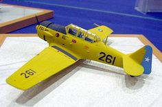 North American T-6 G Texan Chile Air Force - Academy - 1/72