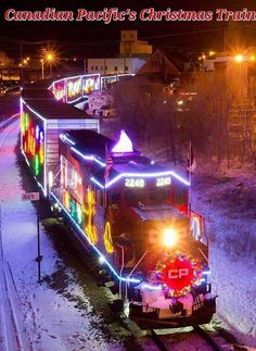 Home Free and Kira Isabella are mid-performance while the CP 2249 idles in the calm cold evening air during Canadian Pacific's Holiday Train stop in Minot. By Train, Train Tracks, Train Rides, Holiday Train, Christmas Train, Christmas Lights, Merry Christmas, Xmas, Train Miniature