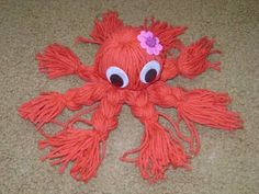Easy Yarn Crafts: Japanese yarn octopus. (My mom made these for us when we were little kids!!)