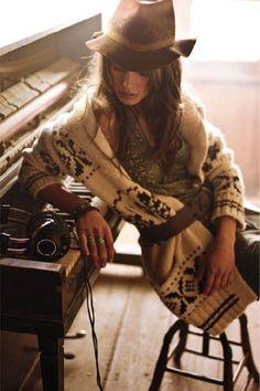 ╰☆╮Boho chic bohemian boho style hippy hippie chic bohème vibe gypsy fashion indie folk the . Hippie Style, Looks Hippie, Ethno Style, Gypsy Style, Looks Chic, Looks Style, Style Me, Vogue, Vetement Hippie Chic
