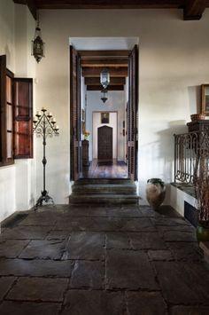 Modern-Antique Interior Design : Texas Antique Modern Home Interior; Hallway downstairs details
