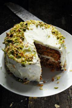 Mais pourquoi est-ce que je vous raconte ça... doriancuisine.com: Y'a des recettes comme ça où c'est tout de suite là maintenant ! Le CCCP… Le Carrot Cake Couroucoucou Paloma !