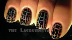Click through for her tips for crackle polish!